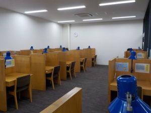 兵庫県立図書館自習室