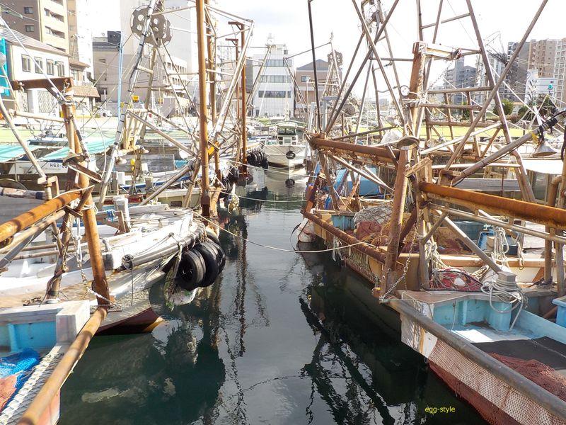 明石漁港の船溜まり