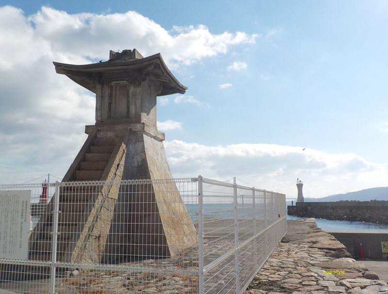 明石港旧灯台(旧波門崎燈籠堂)