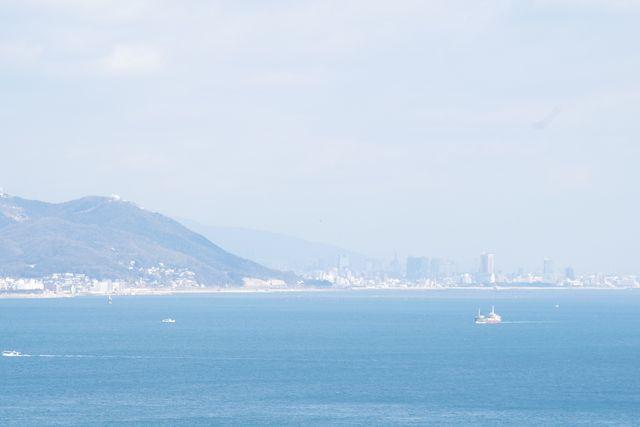 鳥山展望台から見る明石海峡