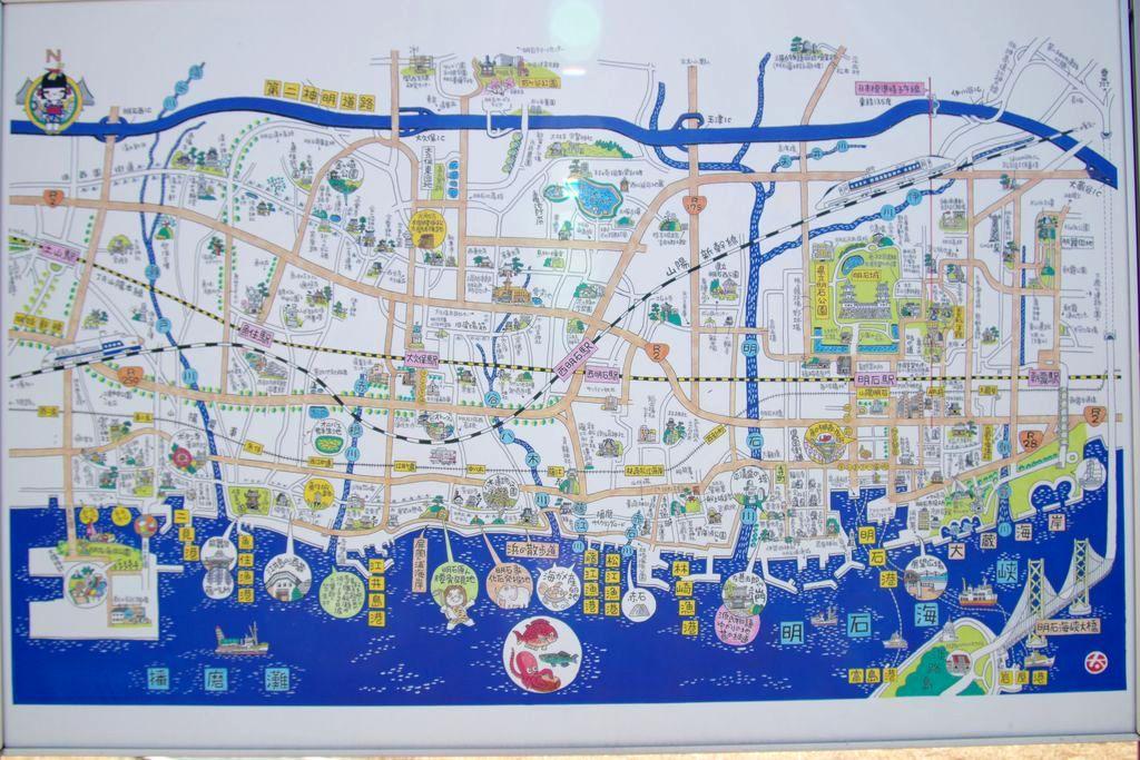 明石市観光案内板大蔵海岸の広域図は彫画家伊藤太一氏の絵。