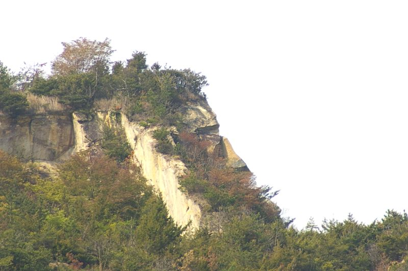 ゴリラ岩 この横顔が偶然の産物