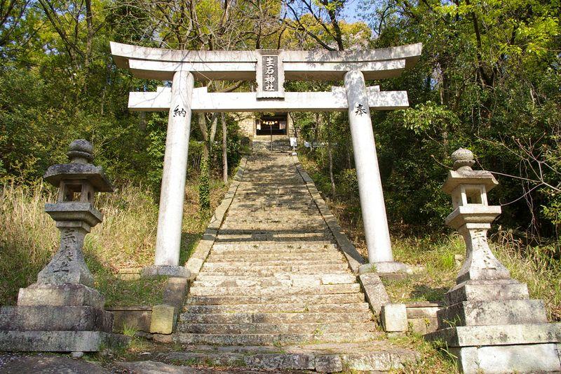 生石神社、石の山そのものがご神体
