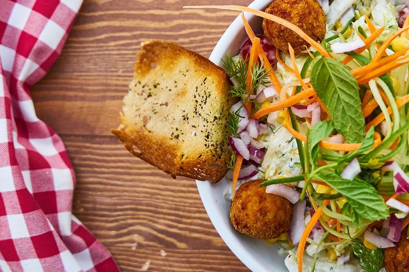 byPixabay salad-2805813