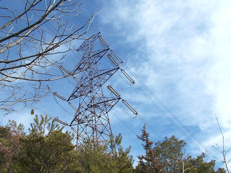 これは「女鉄塔=耐張形鉄塔」いつの間にか覚えてしまった