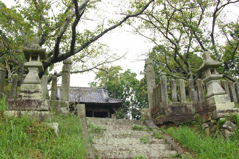3番目の大歳神社 ここへの参道がわかりにくく集落の中を歩きました